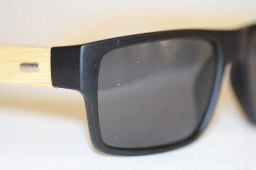 Original Bamboo Bambus Flattop Sonnenbrille schwarz matt Holz polarisiert 997