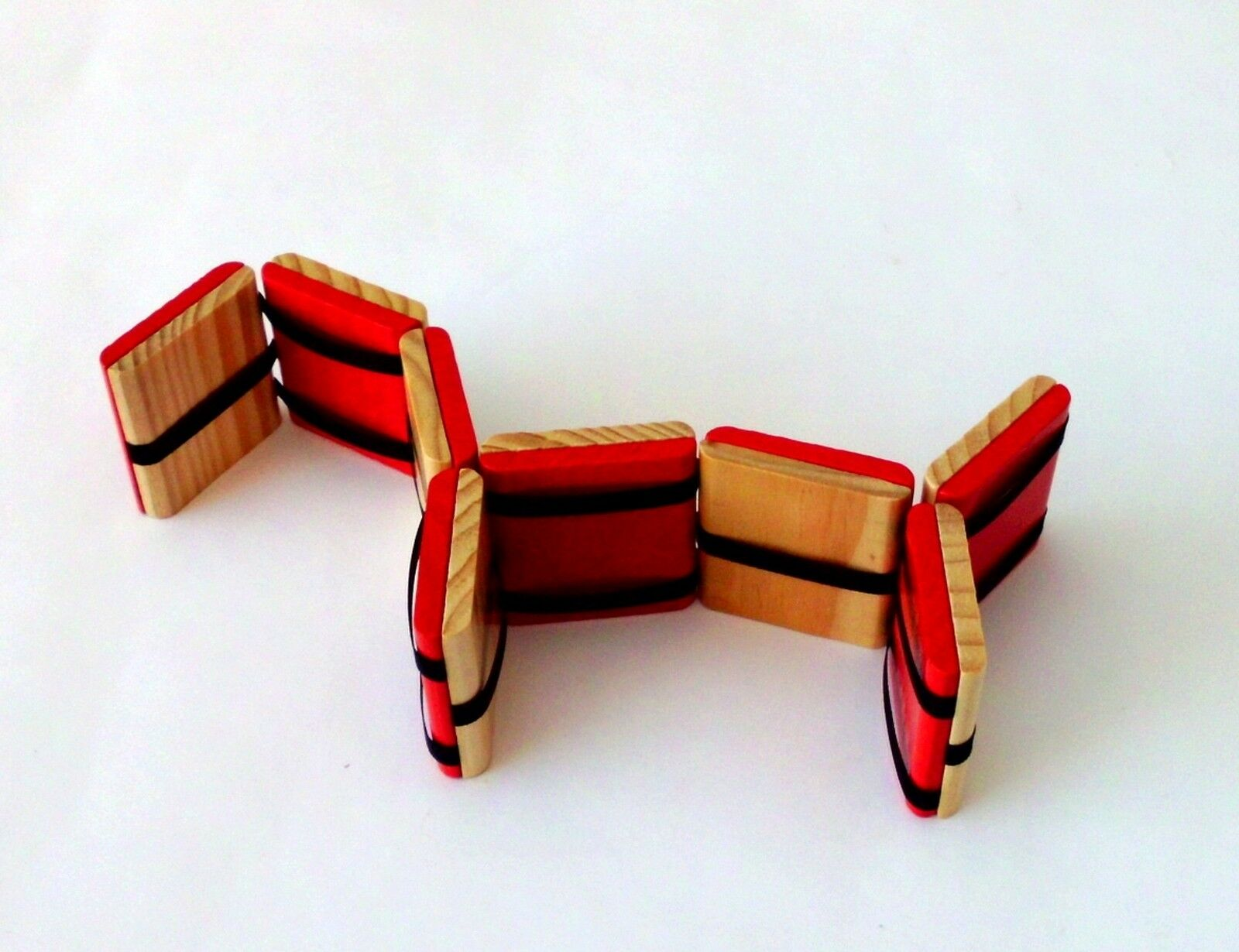Holzspielzeug 1 Stück Zauberklapperschlange aus Holz 9773w. Motorikspielzeug