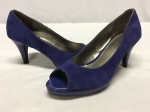 73b7b50665 Bandolino BD MYLAH Women's Pumps Shoes, Blue Leather Suede Size US ...