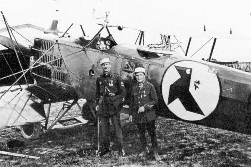 Guerre 14//18 WW1 Capitaine Petit et observateur Lepers devant leur biplan