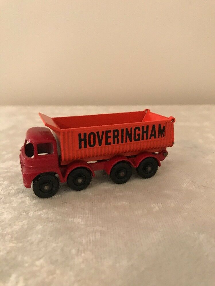 MATCHBOX LESNEY Hoveringham Tipper - Red Base with orange Tipper - MINT