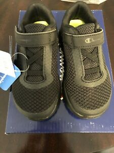 NEW IN BOX Champion Gusto XT II Shoes