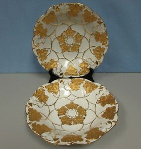 Vintage-Pair-of-Meissen-scalloped-bowls-with-leaf-motif-heavy-gilding-MINT