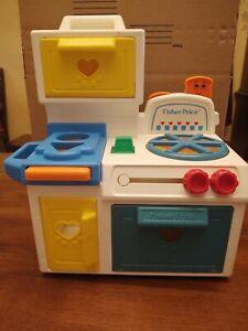 Vintage-1990-Fisher-Price-Toddler-Kitchen-Stove-1035