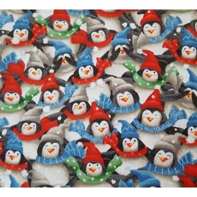 CHRISTMAS ICE SKATING PENGUIN FABRIC 100/% COTTON METRE MATERIAL SEWING CRAFTS
