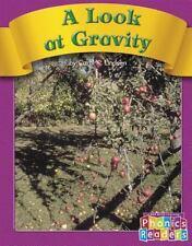 A Look at Gravity (Phonics Readers Books 37-72) Lindeen, Carol K. Paperback