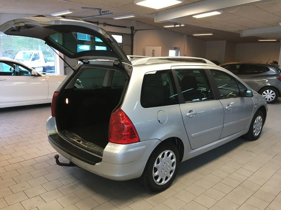Peugeot 307 1,6 HDi 90 Airvan Diesel modelår 2007 Sølvmetal
