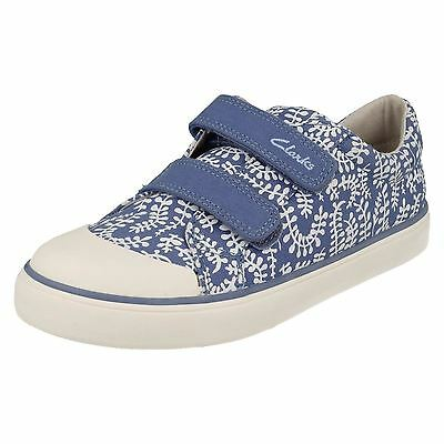 Girls Clarks Brill Ice Inf Casual Canvas Doodles Pumps