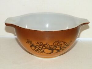 Vintage PYREX CINDERELLA OLD ORCHARD Nesting Bowl #441 1.5 Pint Small Bowl