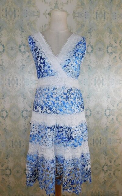 b36db39832 NWT  178 T Tahari Blue Floral Sleeveless Raya Laser Cut Lace Fit   Flare  Dress M