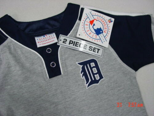 NWT Toddler Boys Detroit Tigers Michigan Baseball 2 piece Outfit New Unused
