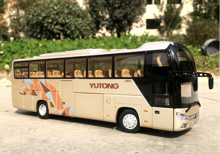 1 42 Zhengzhou Yutong Bus Original manufacturer Tourist bus passenger car model