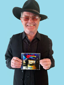 MICKY DOLENZ DIRECT! THE MONKEES  MIKE & MICKY SHOW LIVE CD SIGNED BY MICKY!