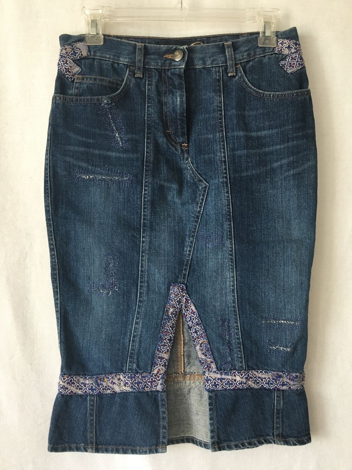 JUST CAVALLI bluee Distressed Trim Detail Denim Skirt. SZ 40. Waist 30.0