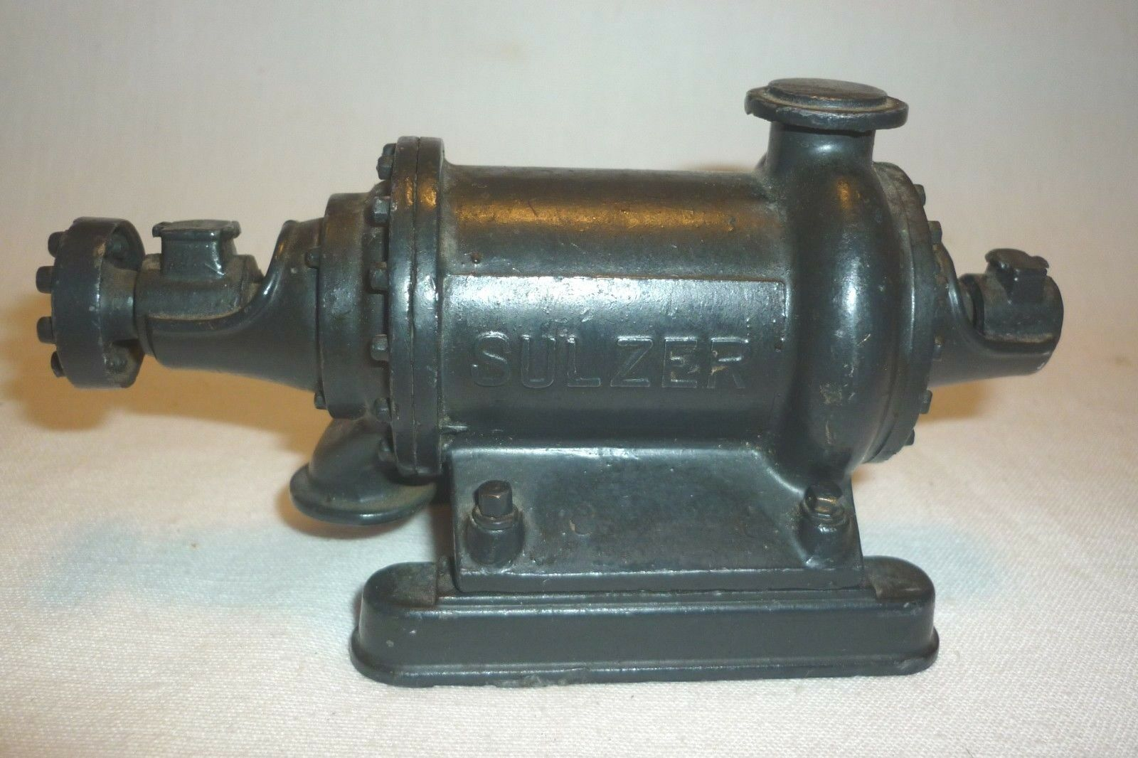 Sulzer Pump Metal Model - Germany - 12 cm (8.DIV-7)