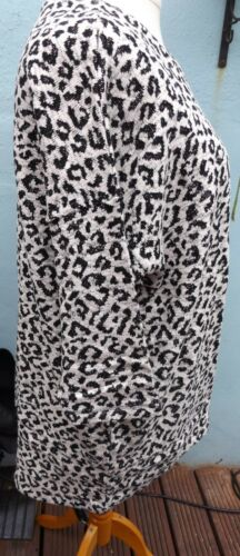 Size 16//18 24//26 Simply Be White and Black Animal Woven 3//4 Sleeve Jumper