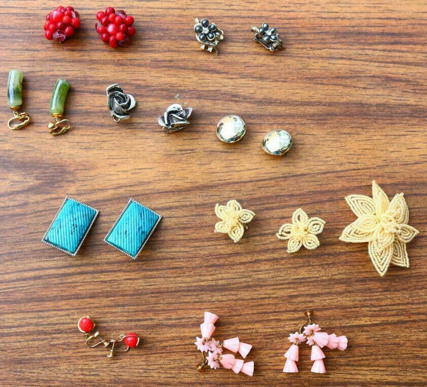 LOT vintage Earrings Mixed Lot Pairs Old Fashion Jewelry Old Estate Find