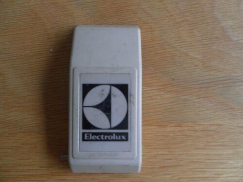 ELECTROLUX Aspirapolvere Verticale Vintage Z500 serie successive tipo Alloggiamento Clip
