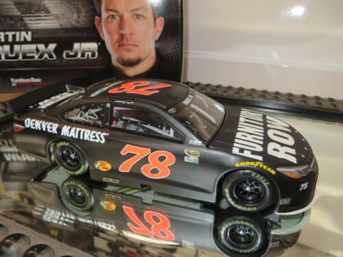 MARTIN TRUEX. Jr 2016 FURNITURE ROW 1/24 SCALE ACTION NASCAR DIECAST