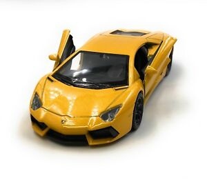 Coche-a-Escala-Lamborghini-Aventador-Deportivo-Amarillo-Auto-1-3-4-39-con
