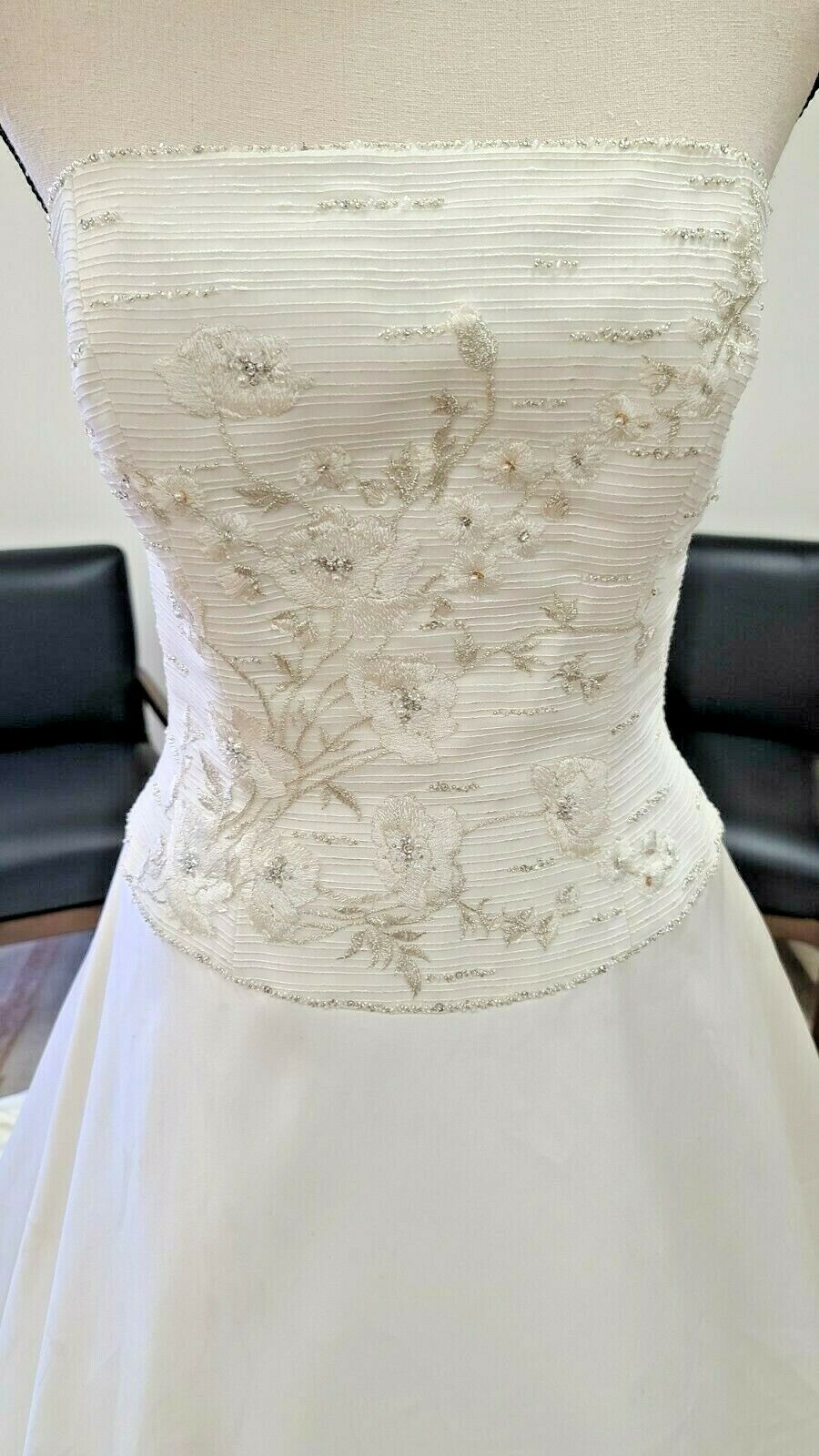 Anjolique Wedding Gown Brand New - Satin- White- Size 10