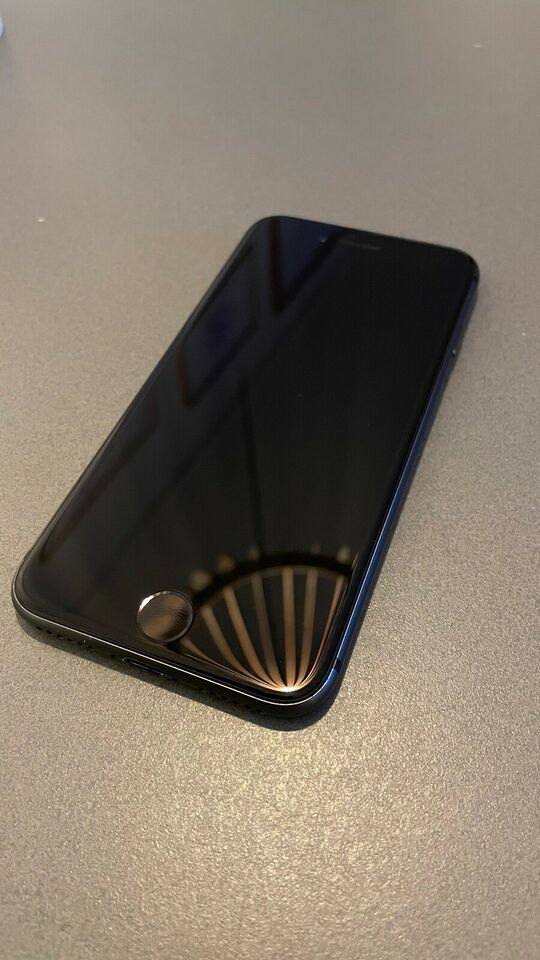 iPhone 8, 64 GB, grå