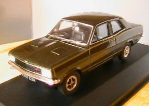 VAUXHALL-VIVA-GT-GOODWOOD-GREEN-VANGUARDS-1-43-CORGI-VA08710-BRITISH-CAR-RHD