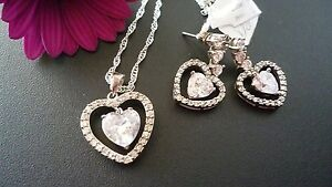 STUNNING-925-SOLID-STERLING-SILVER-LOVE-HEART-ZIRCONIA-SET-PENDANT-amp-EARRINGS