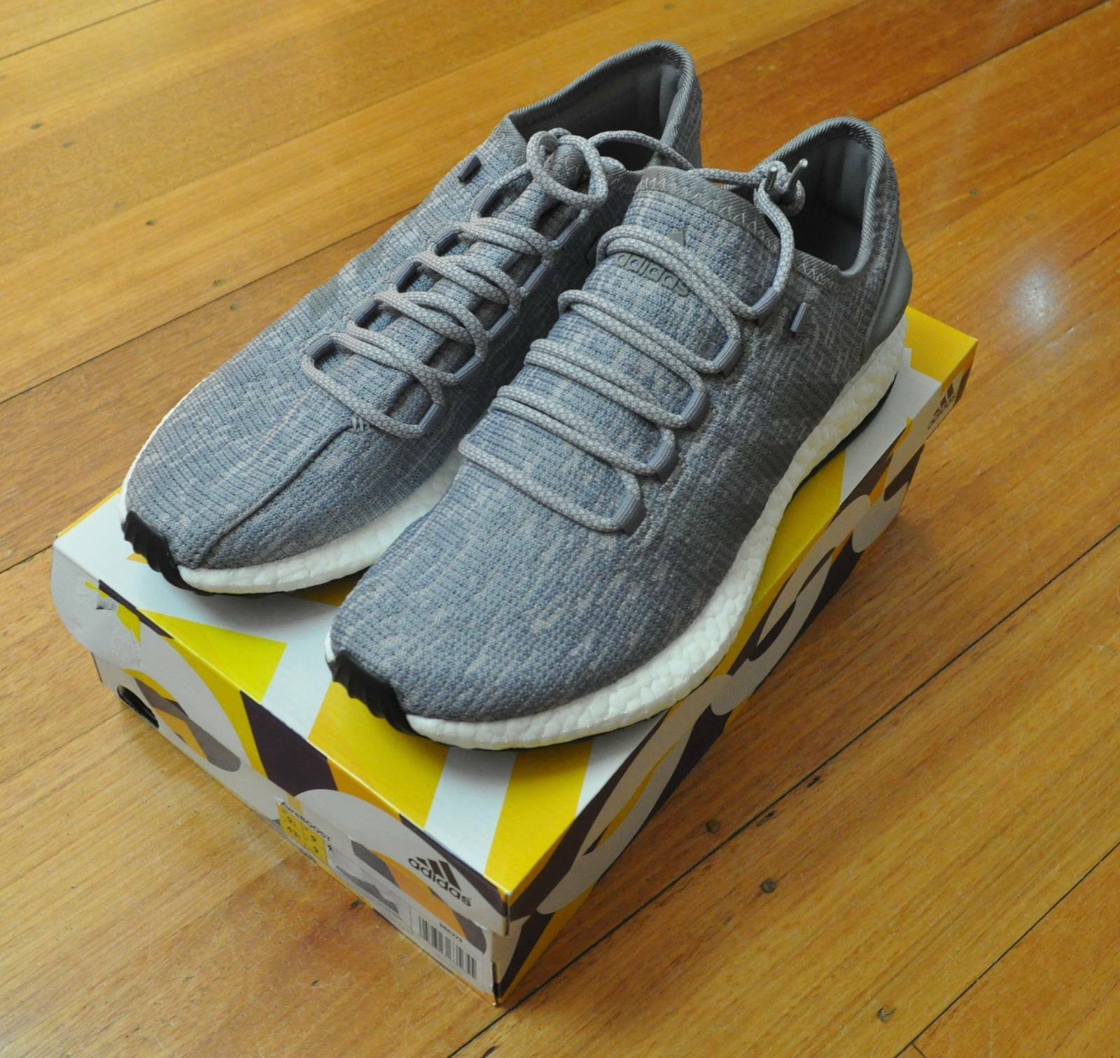BNWT Adidas Pureboost Mens Sneakers shoes US 9.5 Grey New
