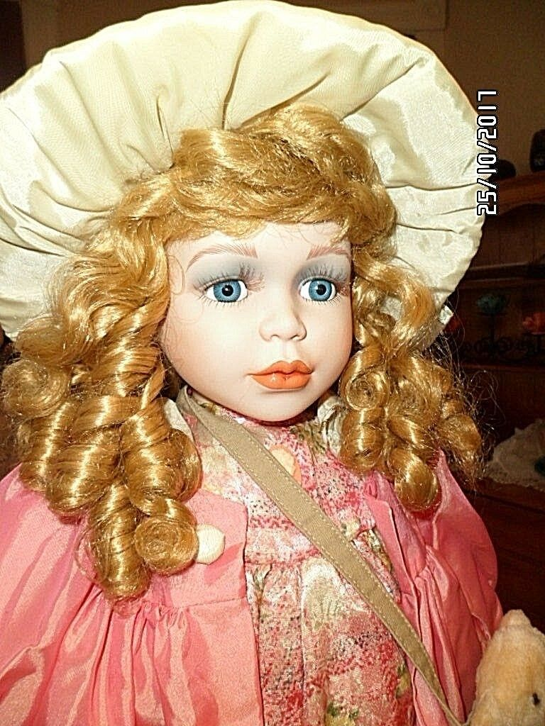 VINTAGE 1994 COLLECTIBLE MEMORIES  PORCELAIN bambola  KELLY ; nuovo with Tag; 30  ttutti  servizio onesto