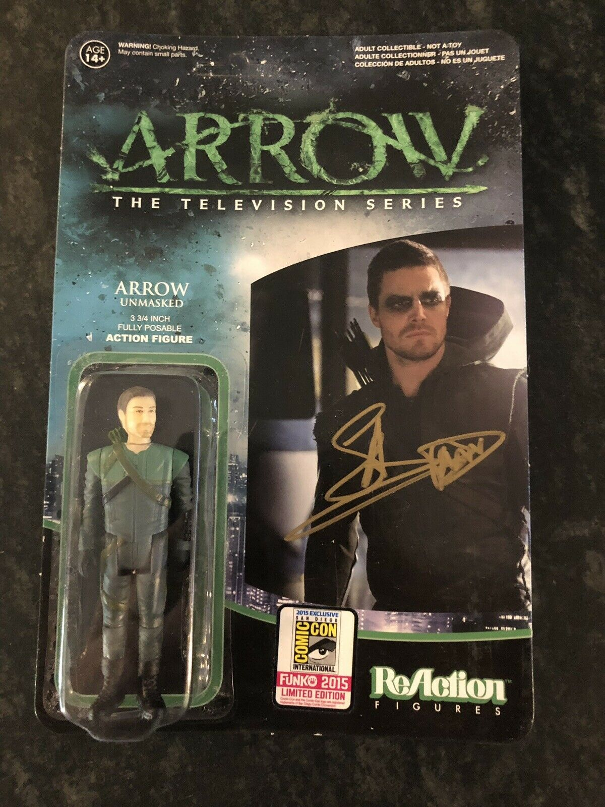 Stephen Amell Signed verde Arrow Unmasked Figure Reaction Funko SDCC Exclusive