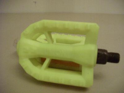 """Plastic 1//2/"""" white UNION MTB Cruiser pedals nos"""