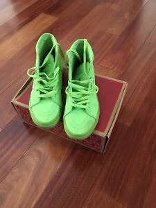 neon green vans sk8 hi
