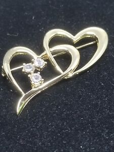 Gold-Tone-Double-Heart-Pin-With-Rhinestones-Vintage-Brooch