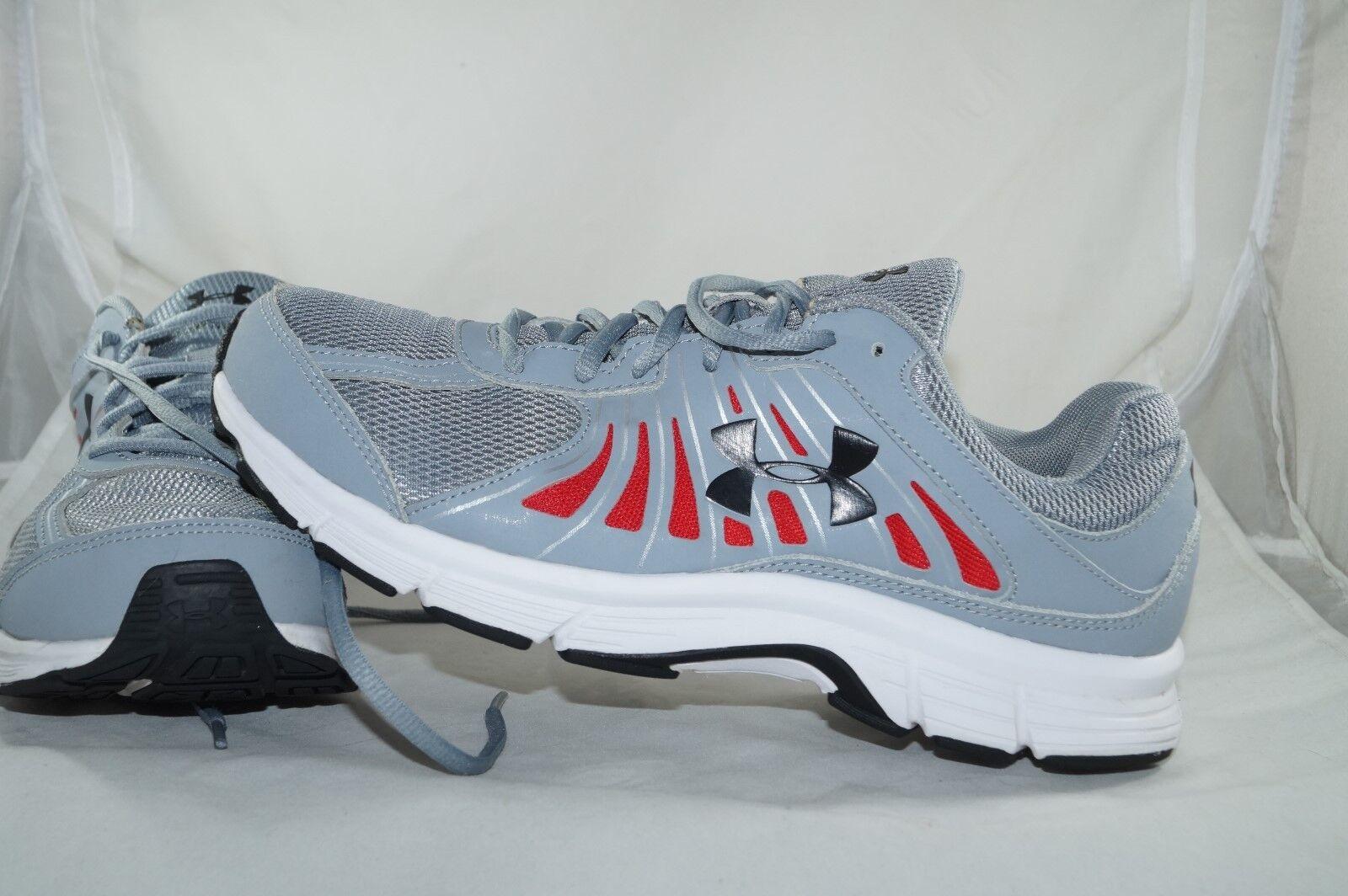 Under Armour Dash RN Grau Gr: 44,5 - 44  Running Sportschuhe