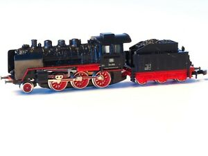 8803-Marklin-Passenger-Steam-Locomotive-Class-BR-24-DB-with-light