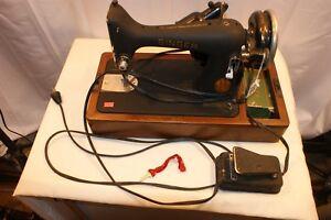 Vintage-1942-Singer-Original-amp-Complete-Sewing-Machine-Model-99-23