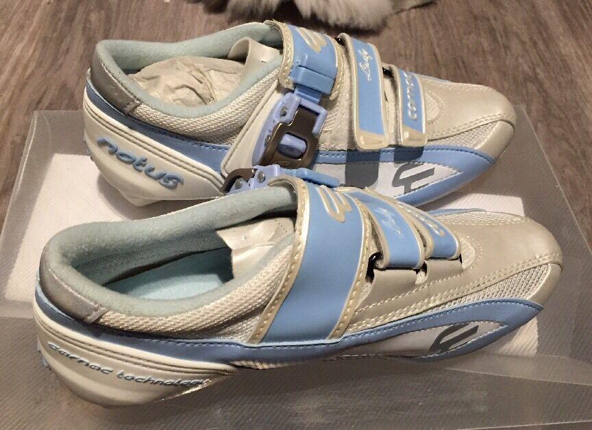 PROMO : CHAUSSURES FEMME ROUTE MARQUE CARNAC LADY  ( ROAD Schuhe ) NEUVE BOITE 37