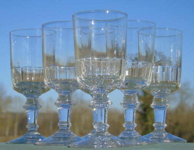 Meisenthal - Service de 6 verres à vin en verre taillé, modèle Mirabeau. H.12,4