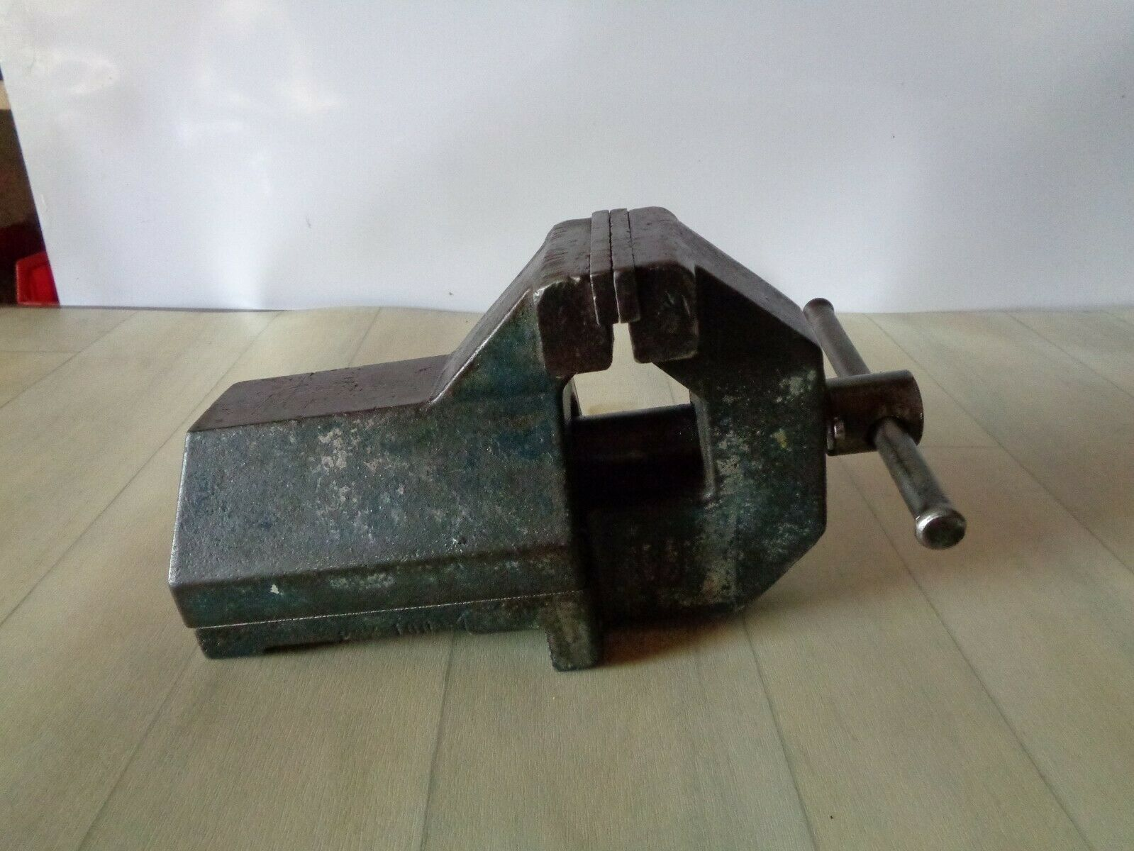 Alter Schraubstock Spannweite 14cm Backenbreite 10cm  - 12Kg