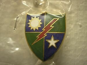 ARMY-HAT-PIN-REPLICA-OF-THE-75th-RANGER-REGIMENT-CREST