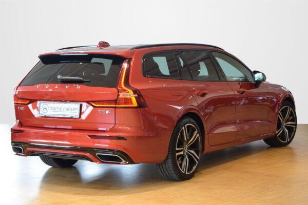 Volvo V60 2,0 T8 390 R-Design aut. AWD - billede 2