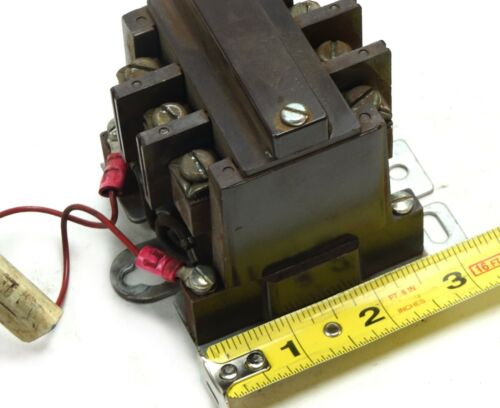 USA Cutler Hammer 9560H1589A Contactor Model 6-172-21 30A 3P 208//240VAC Coil