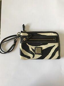 DOONEY-amp-BOURKE-Wristlet-Black-And-Ivory-Zebra-Striped-Leather-Zip-Wallet