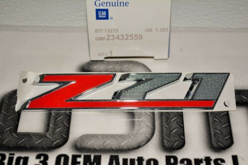 2015 Chevrolet Colorado Silverado Grille Z71 Nameplate Emblem new OEM 23432559