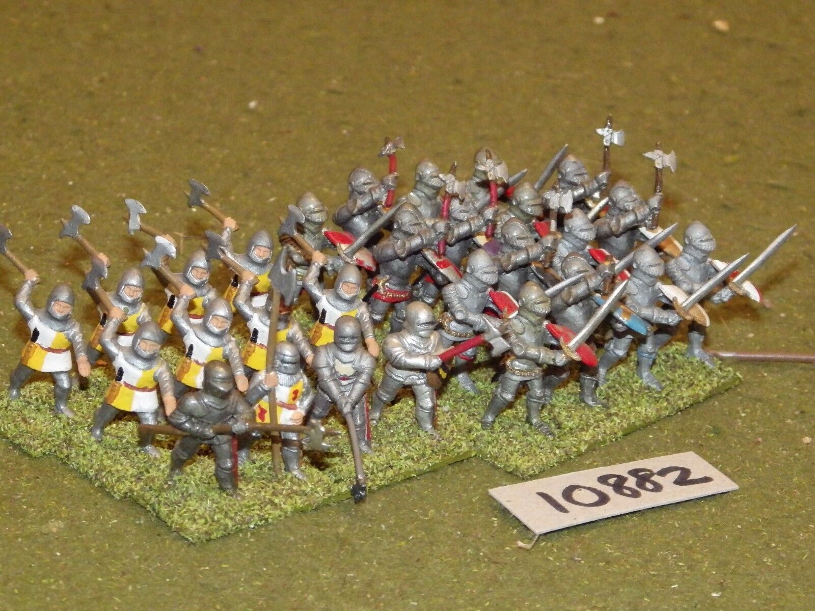 25mm medieval   generic - infantry 28 figs - inf (10882)