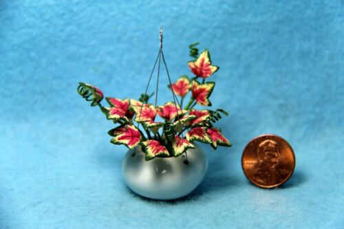 Dollhouse Miniature Ivy in Hanging White Porcelain Pot ~ F2074A