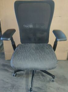 EXECUTIVE CHAIR by HAWORTH ZODY in Black COLOR LOADED CHAIR* desk mesh chair