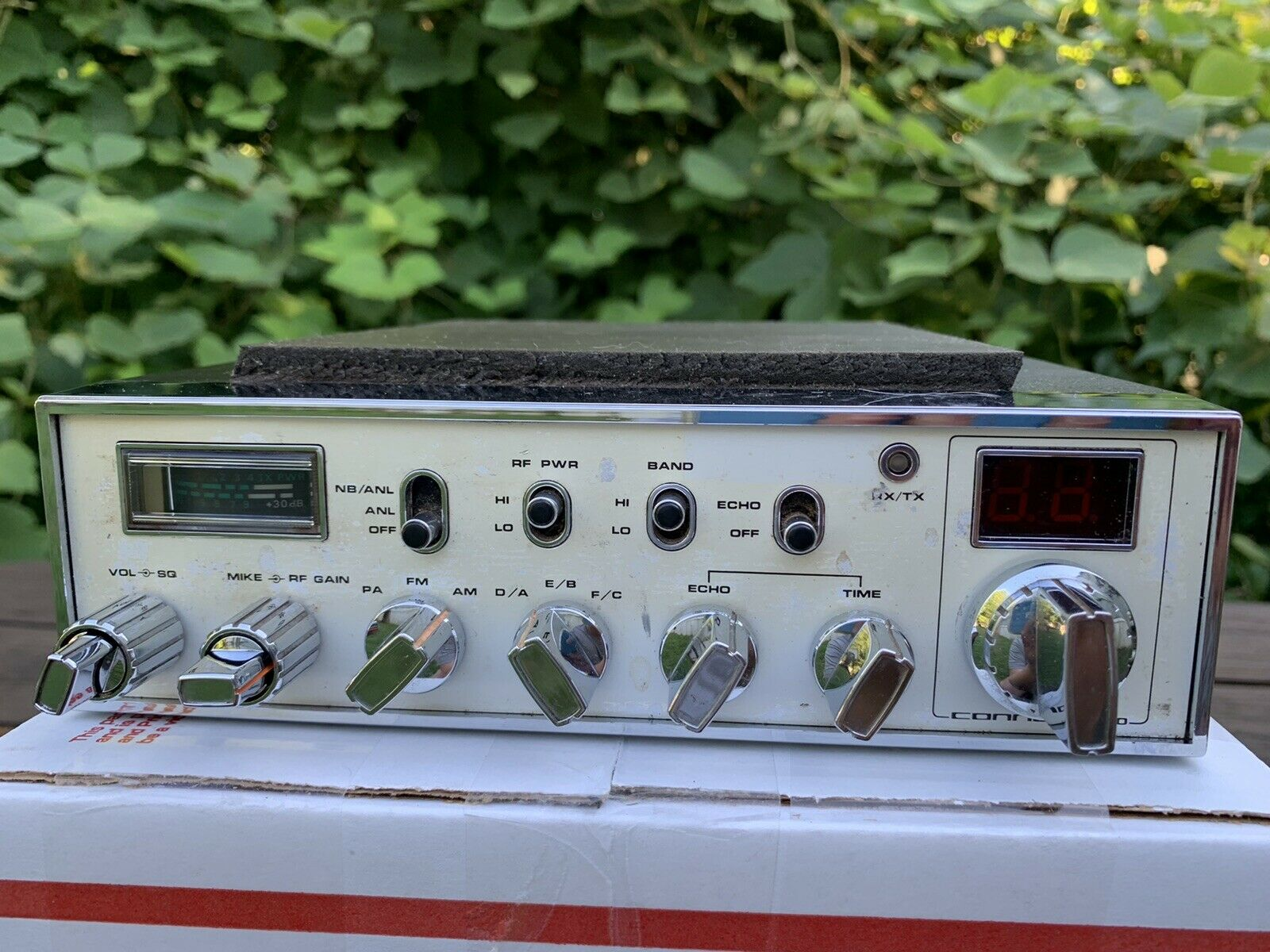 Connex 3300 CB/HAM Radio- WORKING CONDITION. Available Now for 375.00