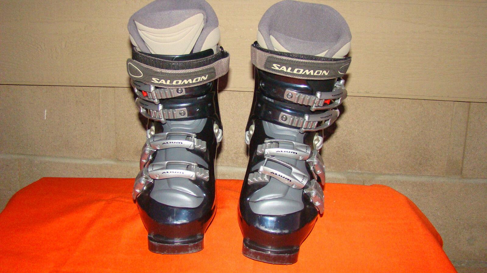 Salomon Evolution 8.0 Ski Boots Womens  Size 22-23 Made in